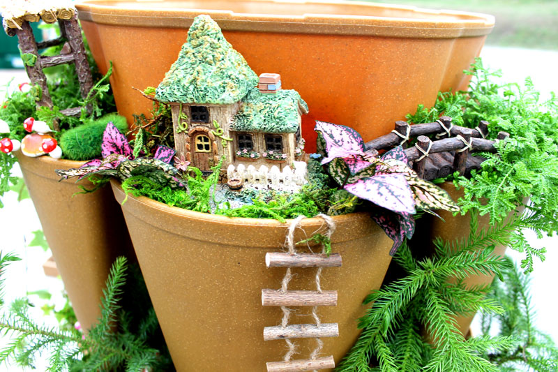 How To A Vertical Fairy Garden GreenStalk